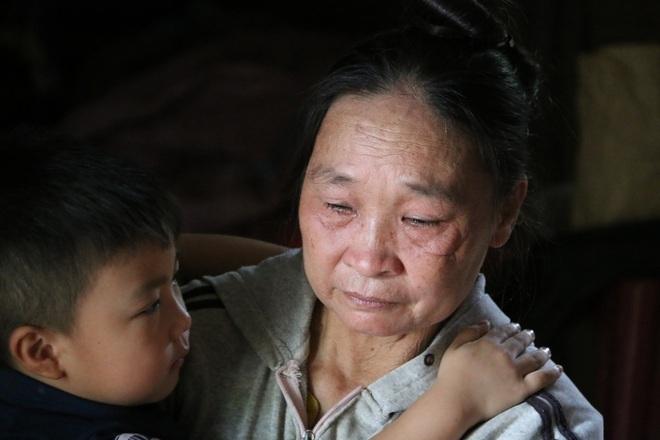 Rớt nước mắt cậu bé 5 tuổi khẩn cầu sự sống cho mẹ giữa đại ngàn Tây Nguyên - 7