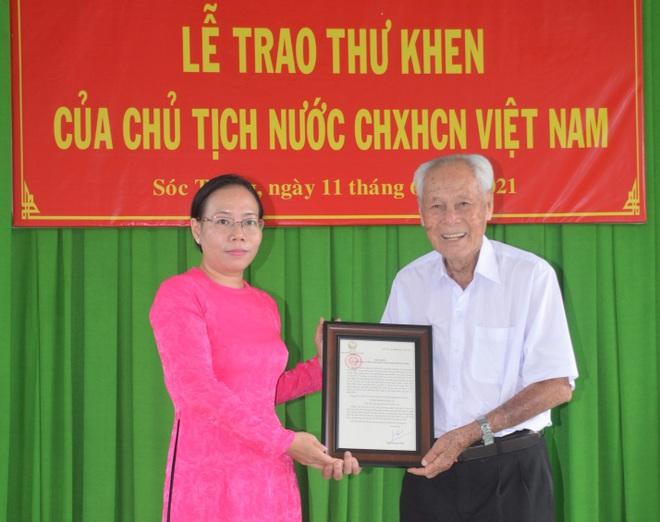 Chủ tịch nước gửi thư khen ông Bụt gần 100 tuổi ở Sóc Trăng - 1