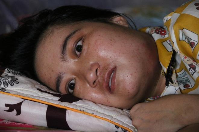 Rớt nước mắt cậu bé 5 tuổi khẩn cầu sự sống cho mẹ giữa đại ngàn Tây Nguyên - 2