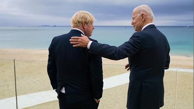 Không phải là thành viên, Trung Quốc vẫn phủ bóng thượng đỉnh G7 - 2