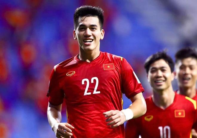 HLV Park Hang Seo chốt danh sách 23 cầu thủ quyết đấu Malaysia - 2