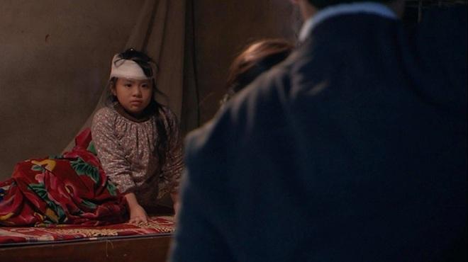 Mẹ của diễn viên nhí Phụng Nghi tiết lộ tính cách ngoài đời của bé - 2