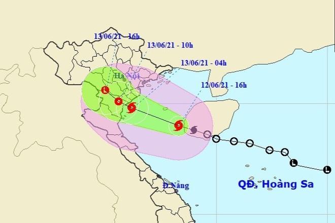 Bão số 2 vào Vịnh Bắc Bộ, nhiều tỉnh miền Trung mưa to - 1