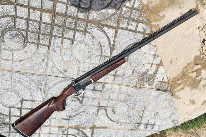 Mâu thuẫn cá nhân, nghi phạm nổ súng khiến đàn anh tử vong - 1