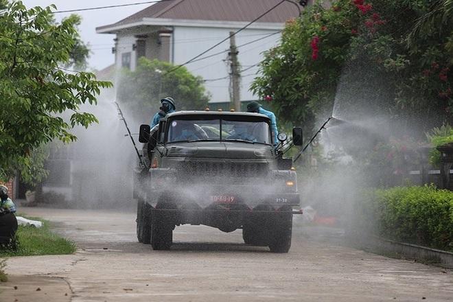 Chủ tịch Hà Tĩnh: Dịch Covid-19 đang trong tầm kiểm soát! - 5