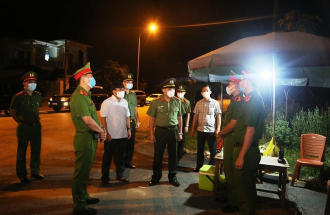 Chủ tịch Hà Tĩnh: Dịch Covid-19 đang trong tầm kiểm soát! - 4