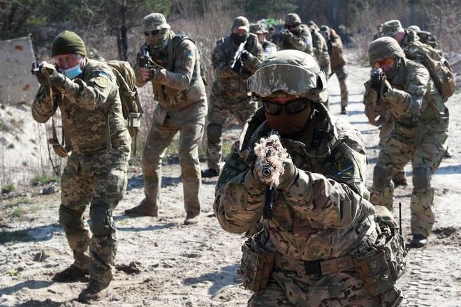 Mỹ viện trợ quân sự 150 triệu USD cho Ukraine trước cuộc gặp Putin - Biden - 1