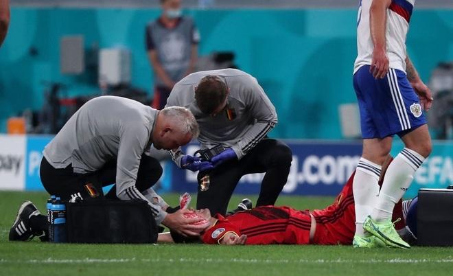 Ngôi sao tuyển Bỉ chia tay Euro 2020 do chấn thương nghiêm trọng - 3