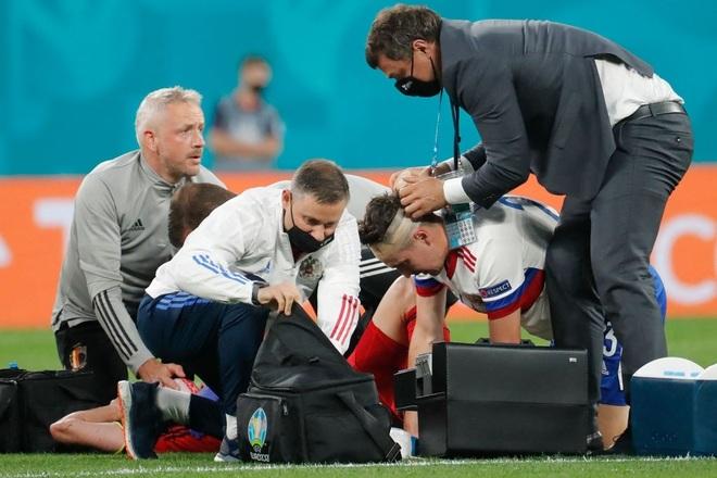 Ngôi sao tuyển Bỉ chia tay Euro 2020 do chấn thương nghiêm trọng - 4