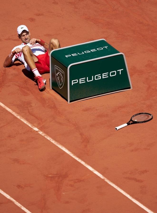 Những khoảnh khắc Djokovic vượt qua Tsitsipas để vô địch Roland Garros - 6