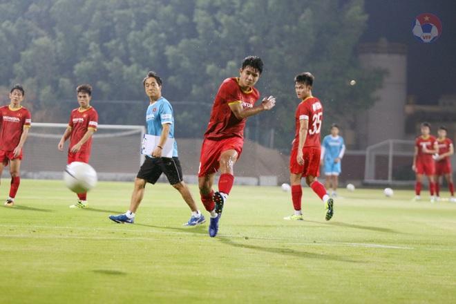 Tuấn Anh khó đá trận UAE, Quang Hải được HLV Park gặp riêng - 7