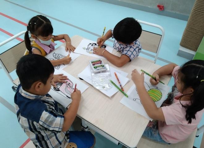 TPHCM: Học sinh vào lớp một không cần giấy chứng nhận mầm non 5 tuổi - 1
