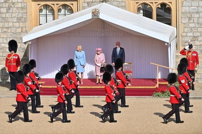 Hai nguyên thủ được nhắc đến trong tiệc trà của ông Biden với Nữ hoàng Anh - 3