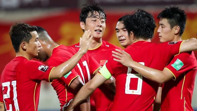 HLV tuyển Trung Quốc tuyên bố sẽ giành vé đi tiếp ở vòng loại World Cup - 1