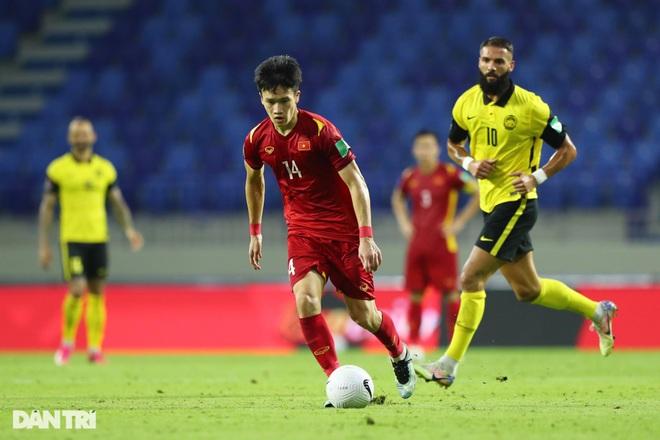 Quang Hải trở lại, HLV Park Hang Seo dùng đội hình nào đấu UAE? - 2