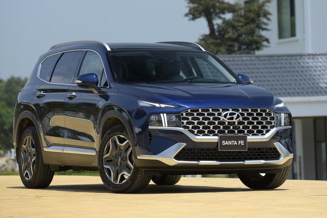 Xe gầm cao 7 chỗ, chọn Kia Sorento All New hay Hyundai SantaFe 2021? - 2