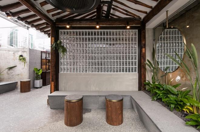 Quán cà phê đẹp như tranh tái hiện kiến trúc nhà cổ Hàn Quốc - 7