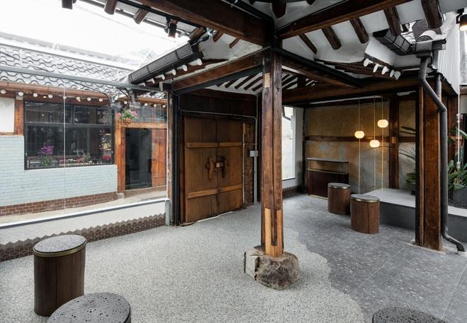 Quán cà phê đẹp như tranh tái hiện kiến trúc nhà cổ Hàn Quốc - 2