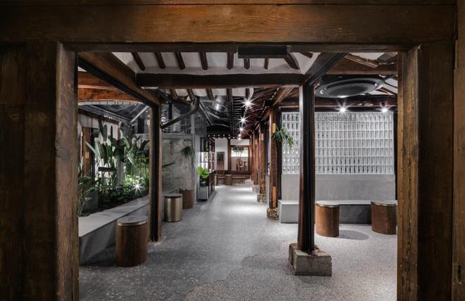 Quán cà phê đẹp như tranh tái hiện kiến trúc nhà cổ Hàn Quốc - 10