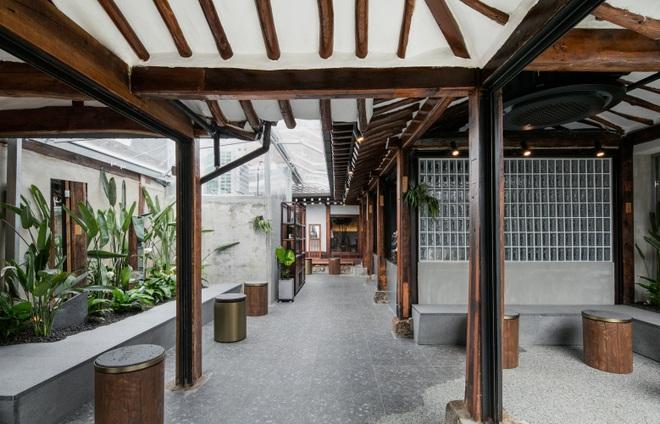 Quán cà phê đẹp như tranh tái hiện kiến trúc nhà cổ Hàn Quốc - 5