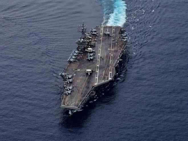 Nhóm tác chiến tàu sân bay Mỹ tiến vào Biển Đông - 1