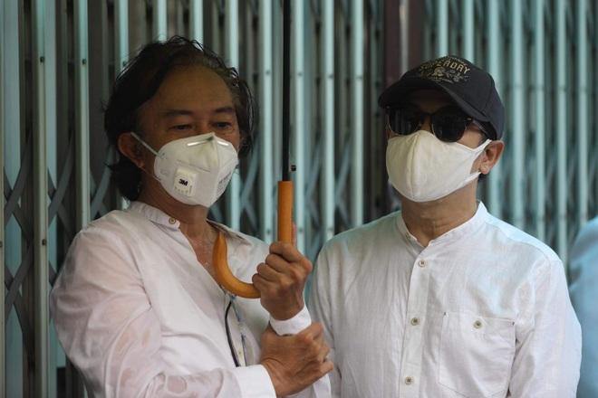 Gia đình, đồng nghiệp đội mưa đưa tiễn đạo diễn Lê Cung Bắc - 7