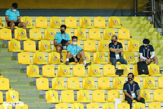 Báo Hàn Quốc: Đội tuyển Việt Nam thất bại vì thiếu vắng HLV Park Hang Seo - 1