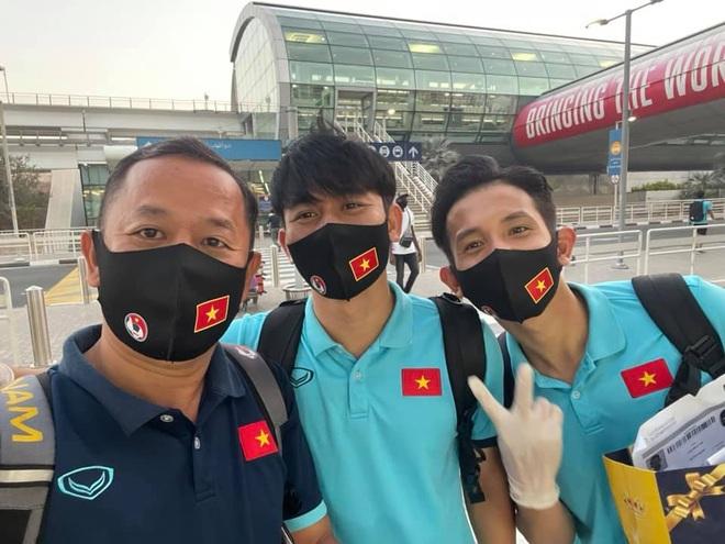Đội tuyển Việt Nam chia tay UAE, háo hức về nước - 1