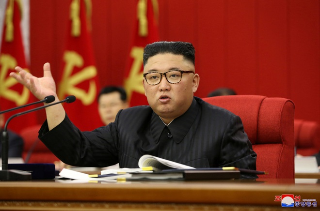 Triều Tiên thiếu lương thực trầm trọng, ông Kim Jong-un họp khẩn - 1