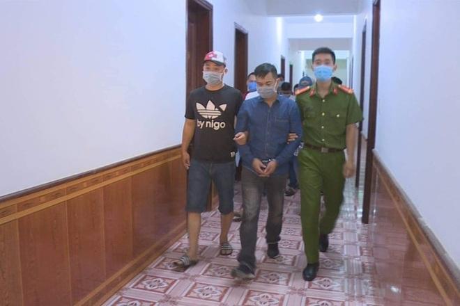 Nợ tiền tỷ chưa trả, người đàn ông bị nhốt trong khách sạn, dọa cắt thận - 2