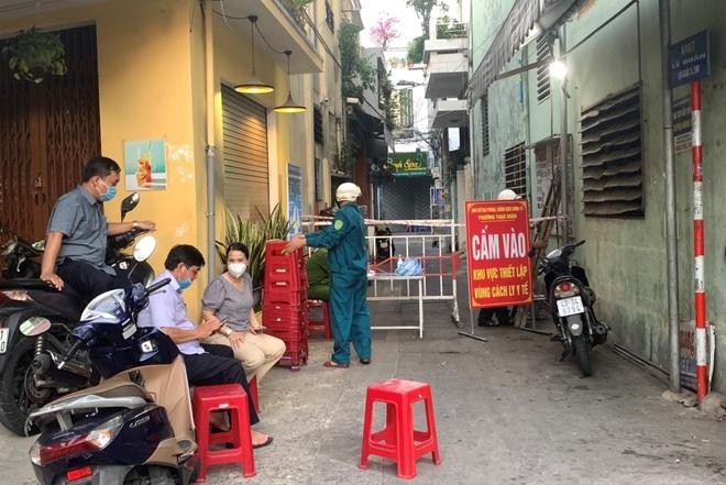 Đà Nẵng xác nhận ca nhiễm SARS-CoV-2 mới trong cộng đồng - 1