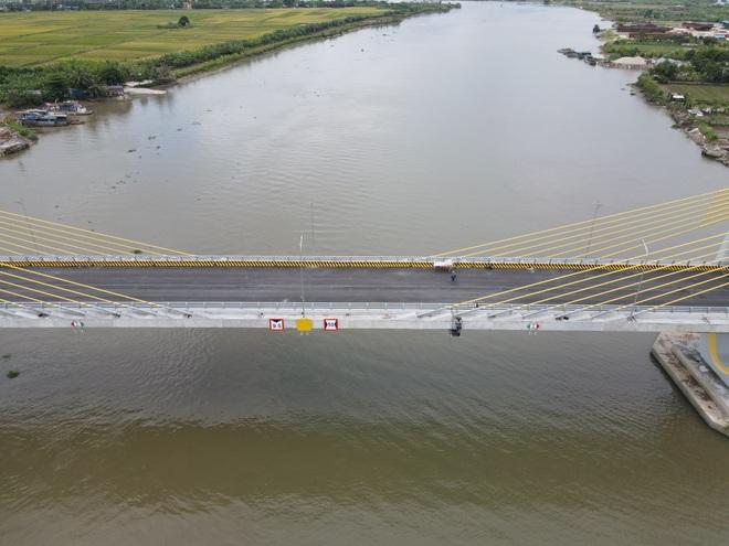 See the 400 billion VND bridge shaped like a grain of rice connecting Hai Phong - Hai Duong - 2