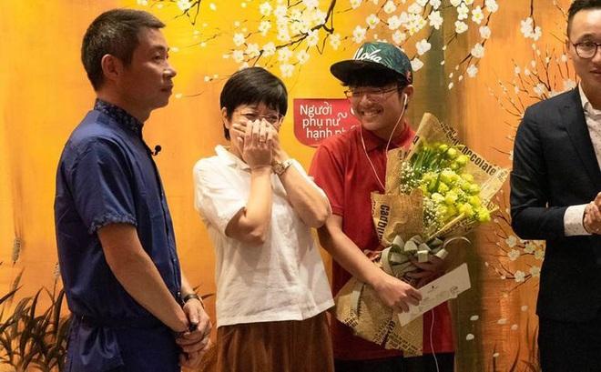 Vợ 3 Công Lý nói gì khi bị nghi diễn thân thiết lố bịch với MC Thảo Vân? - 1