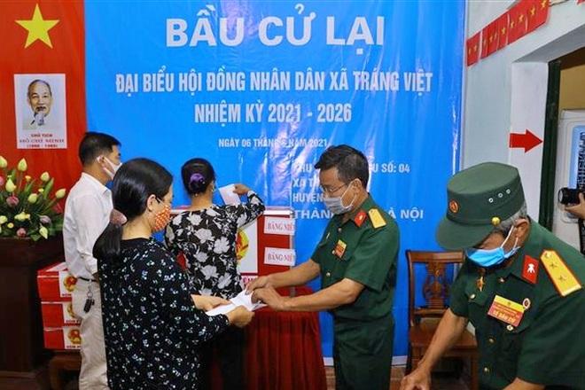 Hà Nội: Khởi tố Phó Bí thư xã tự bầu 75 phiếu cho mình - 1