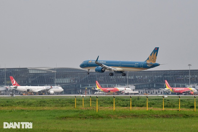 Bộ Giao thông khước từ đề nghị xây dựng sân bay của 11 địa phương - 1