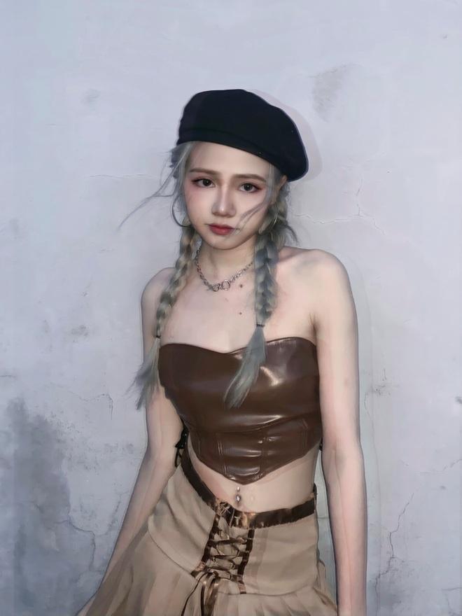 nhin-lai-nhung-khoanh-khac-nong-bong-cua-4-hot-girl-co-dong-trong-euro-20211docx-1624196456688.jpeg