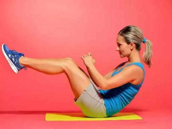 Những động tác thể dục đơn giản có thể tập ngay tại giường mỗi sáng - 2