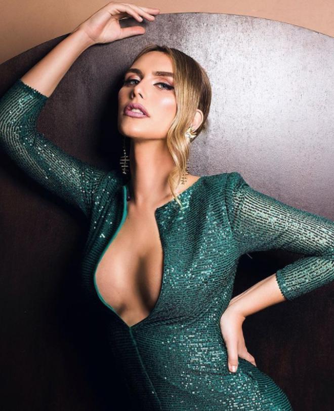 Vẻ ngoài hoàn mỹ của của người đẹp chuyển giới đầu tiên dự Hoa hậu Hoàn vũ - 2