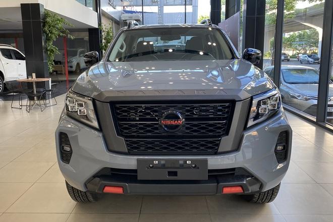 Nissan Navara 2021 bắt đầu về đại lý, sẵn sàng thách thức Ford Ranger - 2