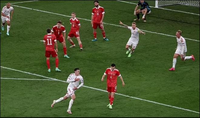 Đội tuyển Đan Mạch đánh dấu cột mốc kỳ lạ tại Euro 2020 - 1