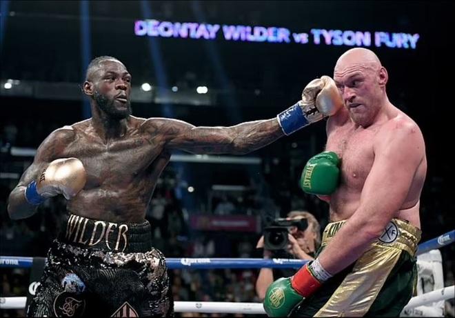 Fury tái đấu với Wilder: Mike Tyson đặt cửa chiến thắng cho Vua giang hồ - 1