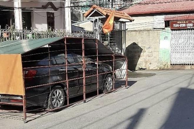 Làm chuồng cọp cho ô tô ở góc đường, chủ xe nhận nhiều ý kiến trái chiều - 2