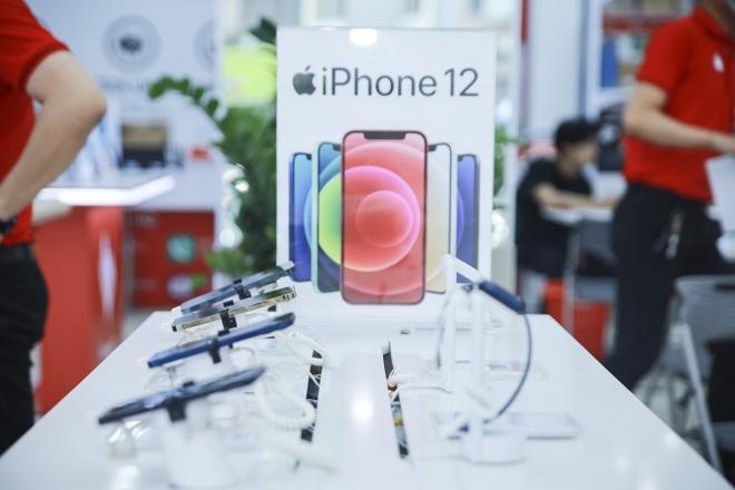 iPhone đời cũ đồng loạt giảm giá, dọn đường chờ iPhone 13 về Việt Nam - 1
