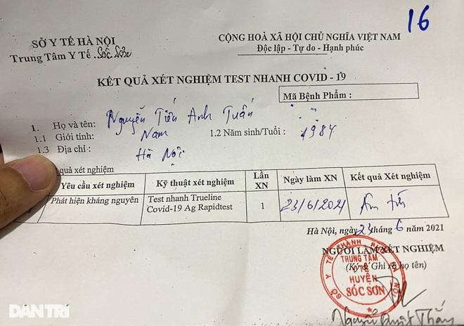 Khách bay từ TPHCM đến Hà Nội phải test nhanh Covid-19 ngay khi hạ cánh - 10