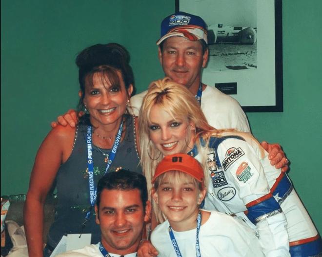 Jamies Spears - Người cha bị Britney Spears tố bóc lột và bạo hành - 1