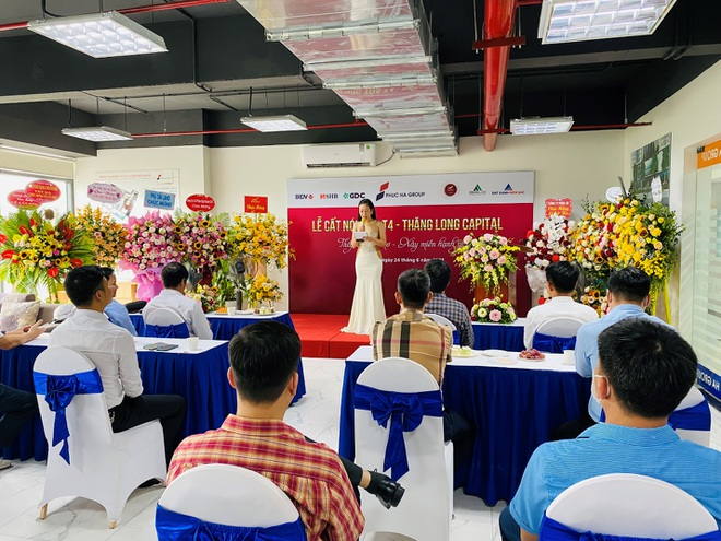 Tưng bừng lễ cất nóc tòa T4 dự án Thăng Long Capital - Hà Nội - 2