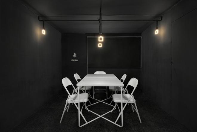 Quán cà phê bê tông hóa thiết kế độc lạ, đủ góc sống ảo - 13