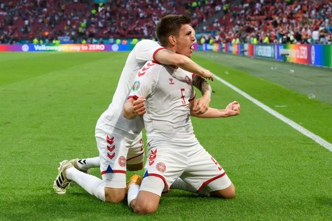 Đè bẹp Xứ Wales, những chú lính chì Đan Mạch vào tứ kết Euro 2020 - 2