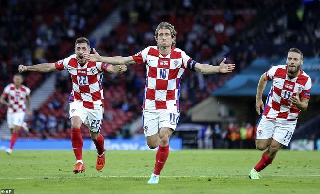 Tây Ban Nha - Croatia (23h ngày 28/6): Bản lĩnh lên tiếng - 3