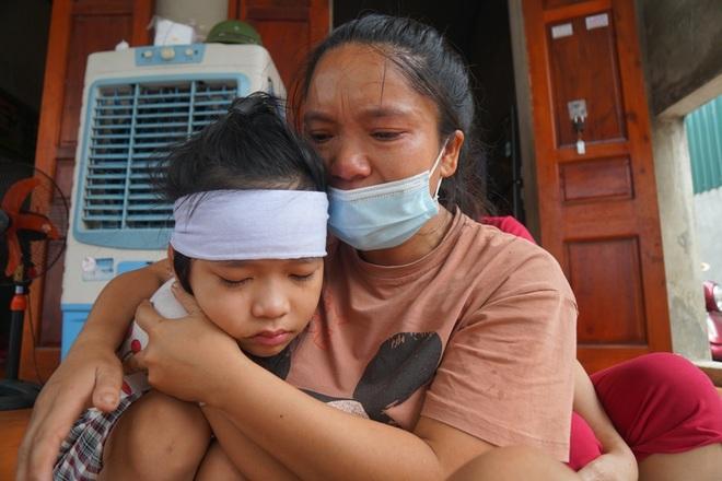 Bé gái mồ côi hét lên gọi mẹ khi chiều về và nỗi ám ảnh sau vụ tai nạn - 5